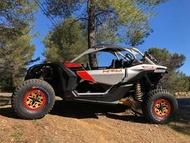 Auto Editoriale voiture bannière km3 ssv buggy large pneus Consigli e suggerimenti