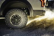 Auto Edito km3 rim dust max Tyres