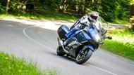 moto edito pilot road 4 gt 9 tyres
