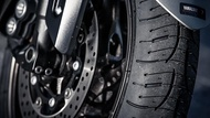 Motorcykel Ledende artikel moto edito pilot road4 4 tyres two thirds Dæk