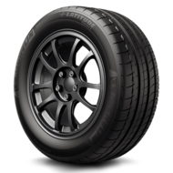 tire latitude sport right three quarters